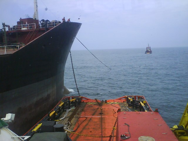 Five Oceans Salvage - Tug alongside ATTALYA