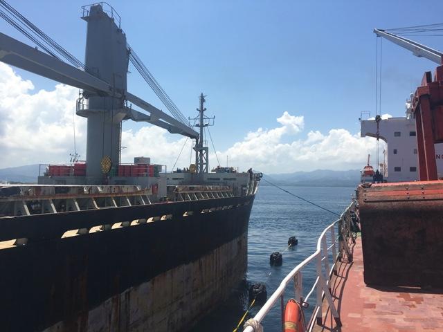 Five Oceans Salvage - Lightering operation MV SAM WOLF